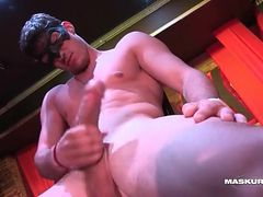 Male stripper with a gorgeous big cock