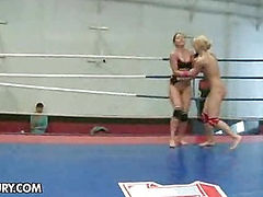NudeFightClub presents Angel Rivas vs Niki Gold