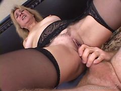 Horny Mature Beauty Loves To Rides Hard Cocks